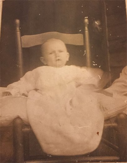Photo of infant used in genealogy research