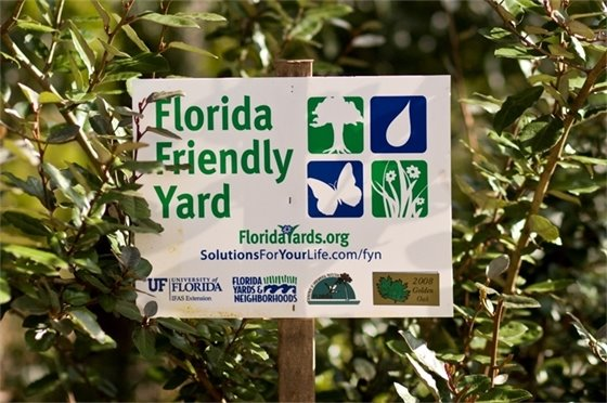 """Florida Friendly Yard"" Sign"