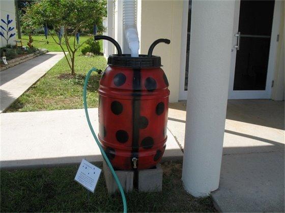Example of a rain barrel