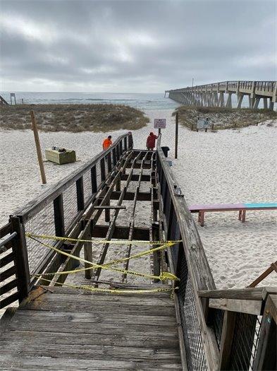 Construction underway at Navarre Beach